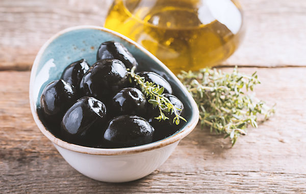 Imported Black Ripe Olives
